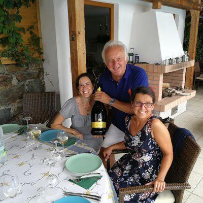 20180815_Cousintreffen_Werner mit Caro und Elfi